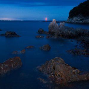 グランプリ 「灯台と岩礁」 東野 廣