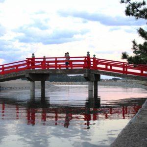 佳作 「橋に願いを」 manba7391